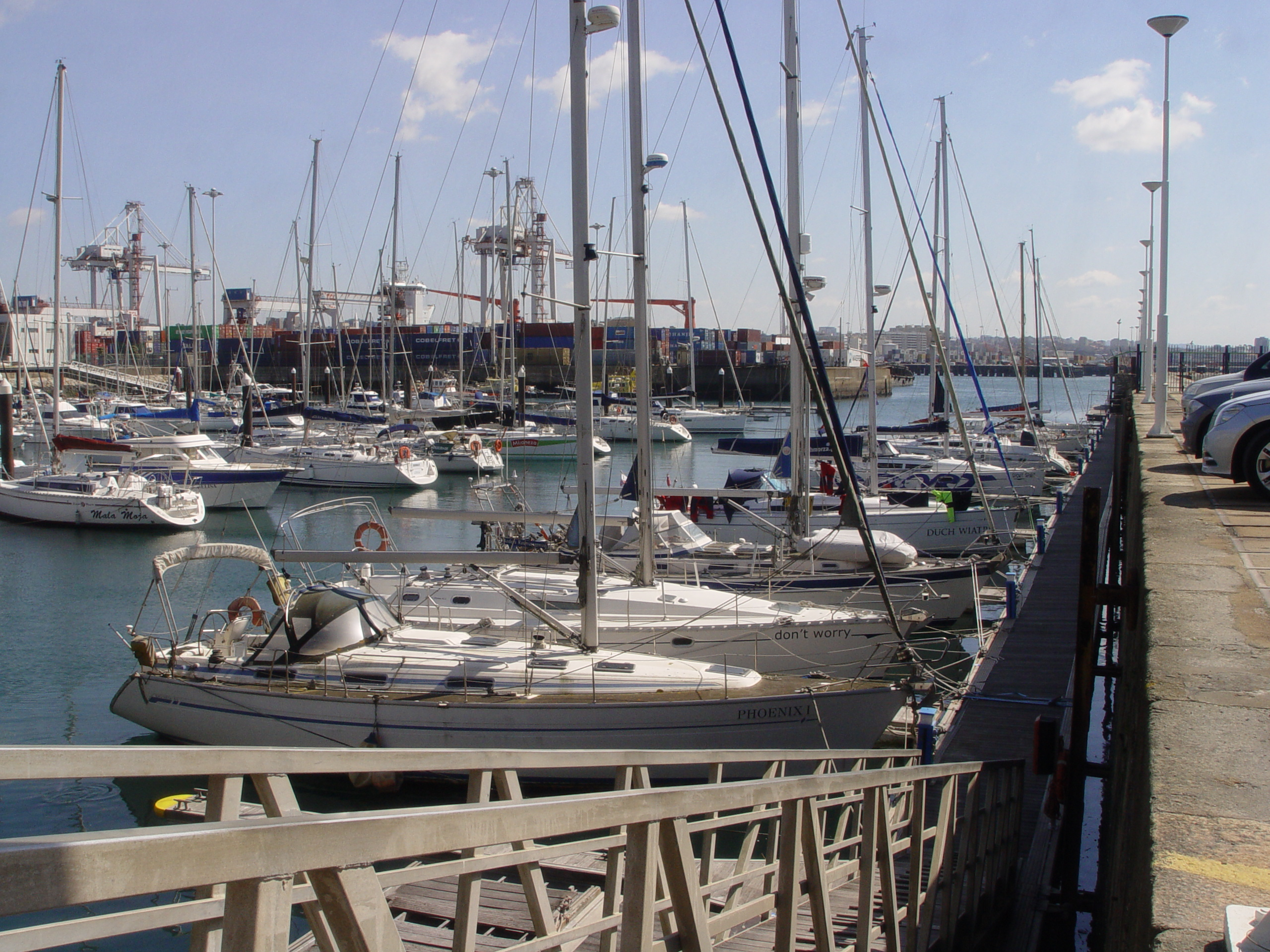 Pontoon E - Marina Porto Atlântico