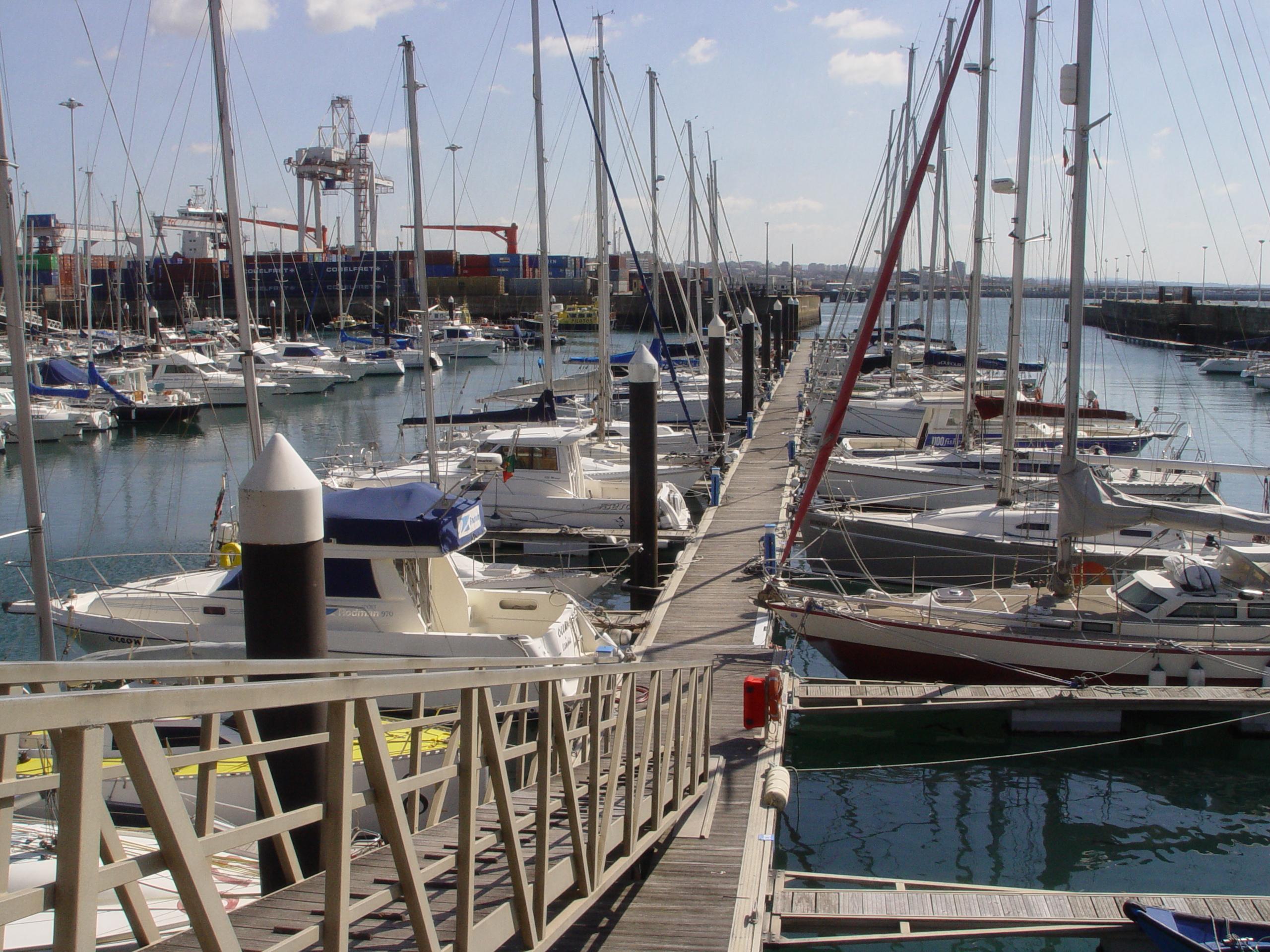 Pontoon D - Marina Porto Atlântico